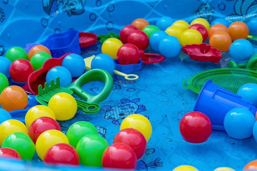 Comment nettoyer une piscine à balles ?